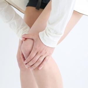 膝痛を引き起こす三大要素